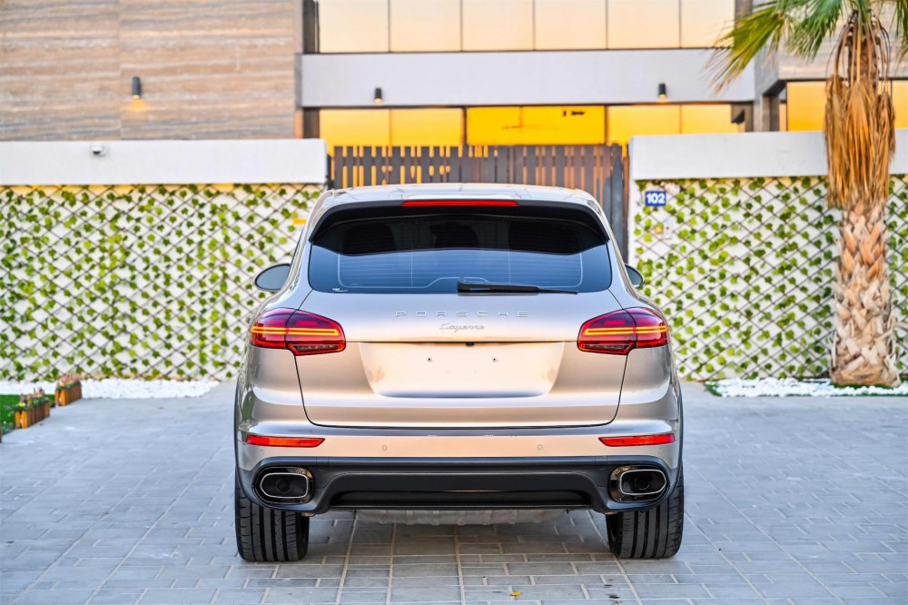 buy second hand Porsche Cayenne without downpayment