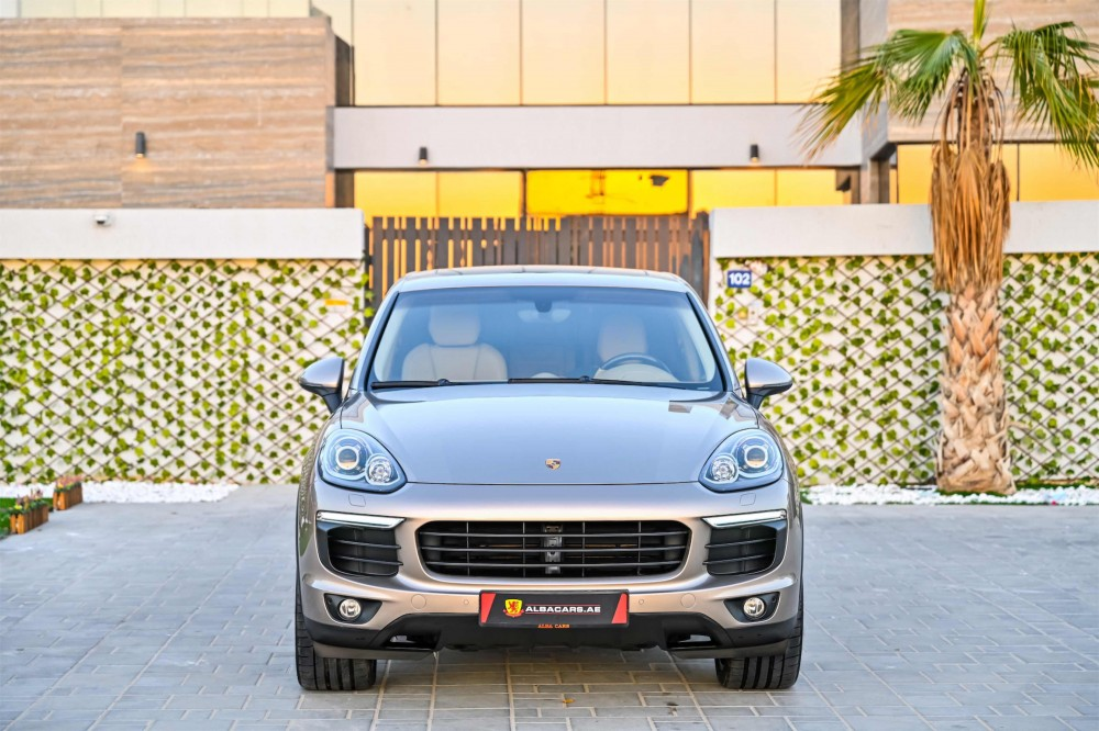 buy approved Porsche Cayenne in Dubai