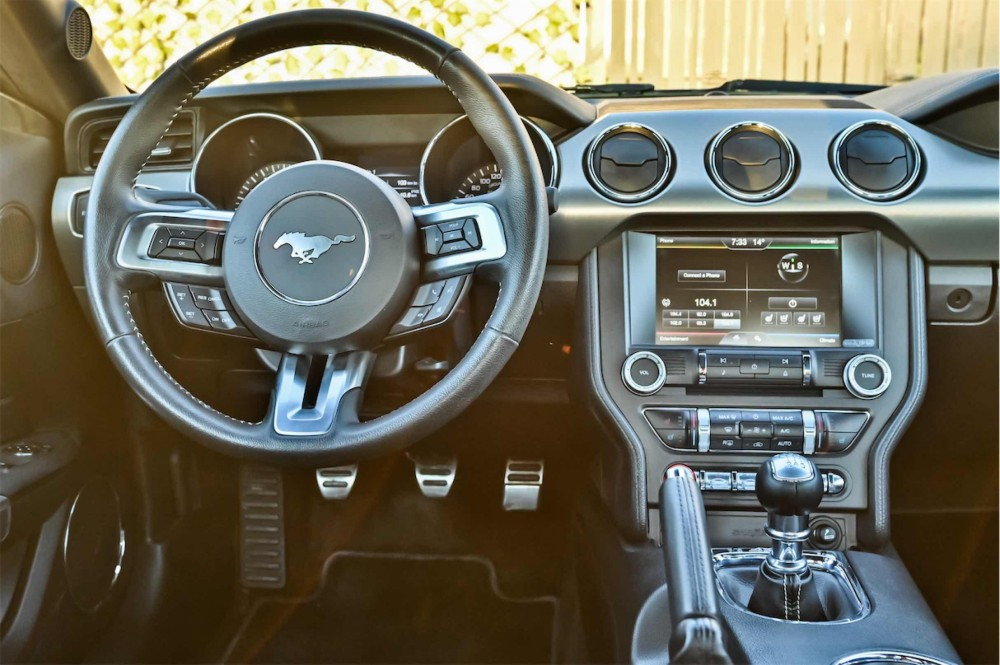 buy used Ford Mustang Ecoboost 2.3L in UAE