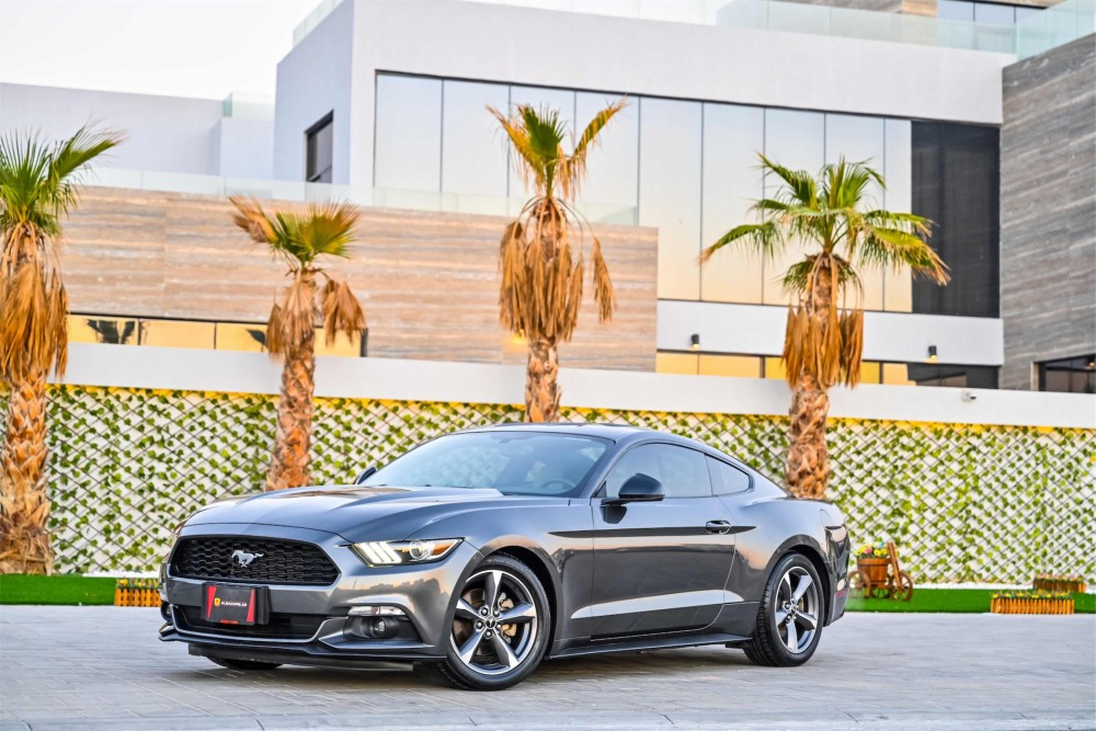 buy used Ford Mustang V6 3.7L with warranty
