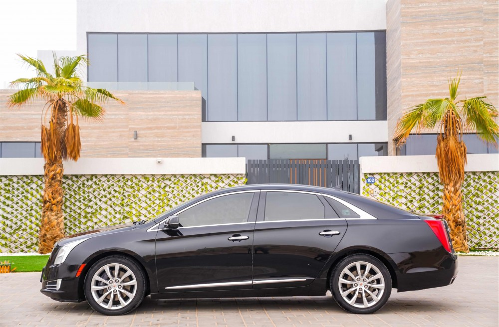 buy second hand Cadillac XTS in UAE