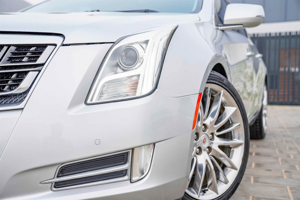 buy used Cadillac XTS Platinum without downpayment