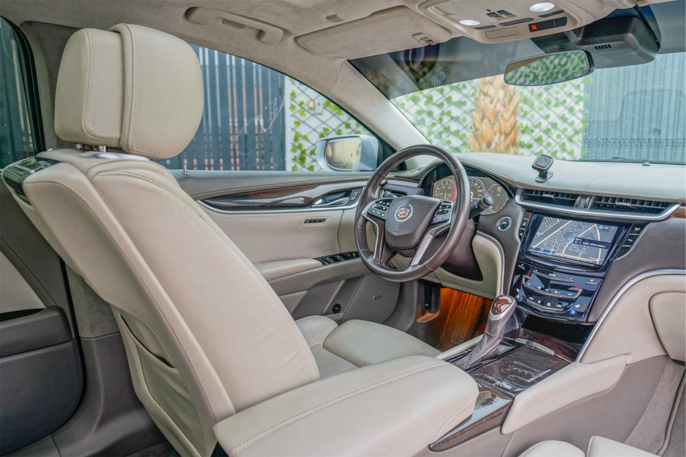 buy second hand Cadillac XTS Platinum with warranty