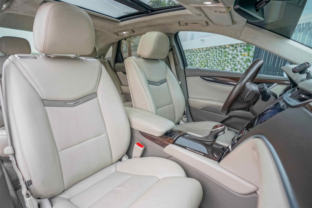 buy pre-owned Cadillac XTS Platinum with warranty