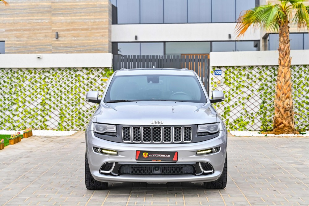 buy slightly used Jeep Grand Cherokee SRT 6.4L with warranty