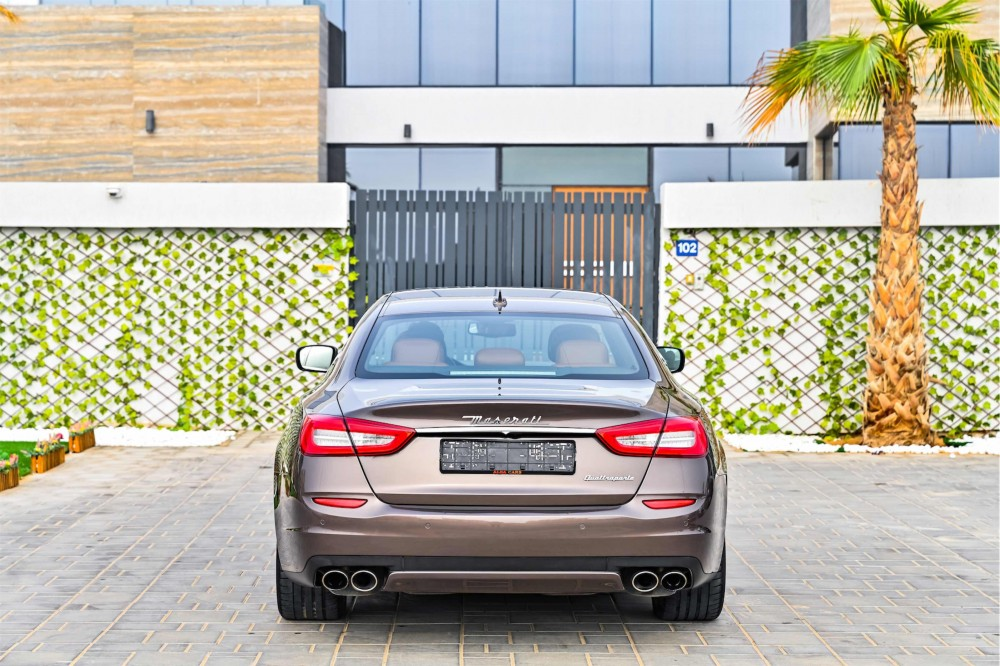 buy used Maserati Quattroporte in Dubai