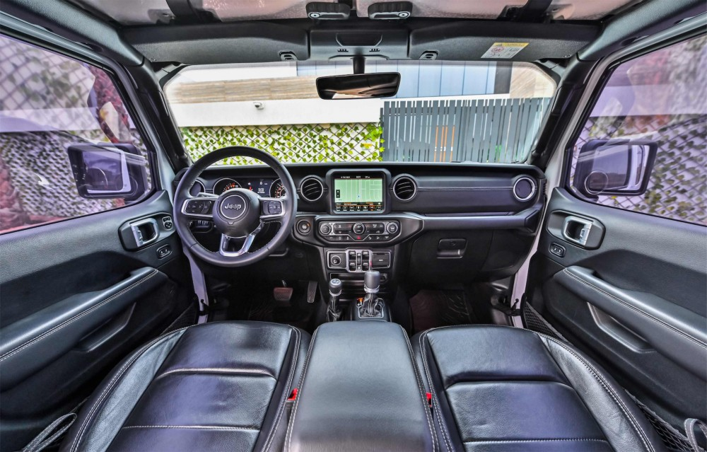 buy approved Jeep Wrangler Sahara Unlimited in UAE
