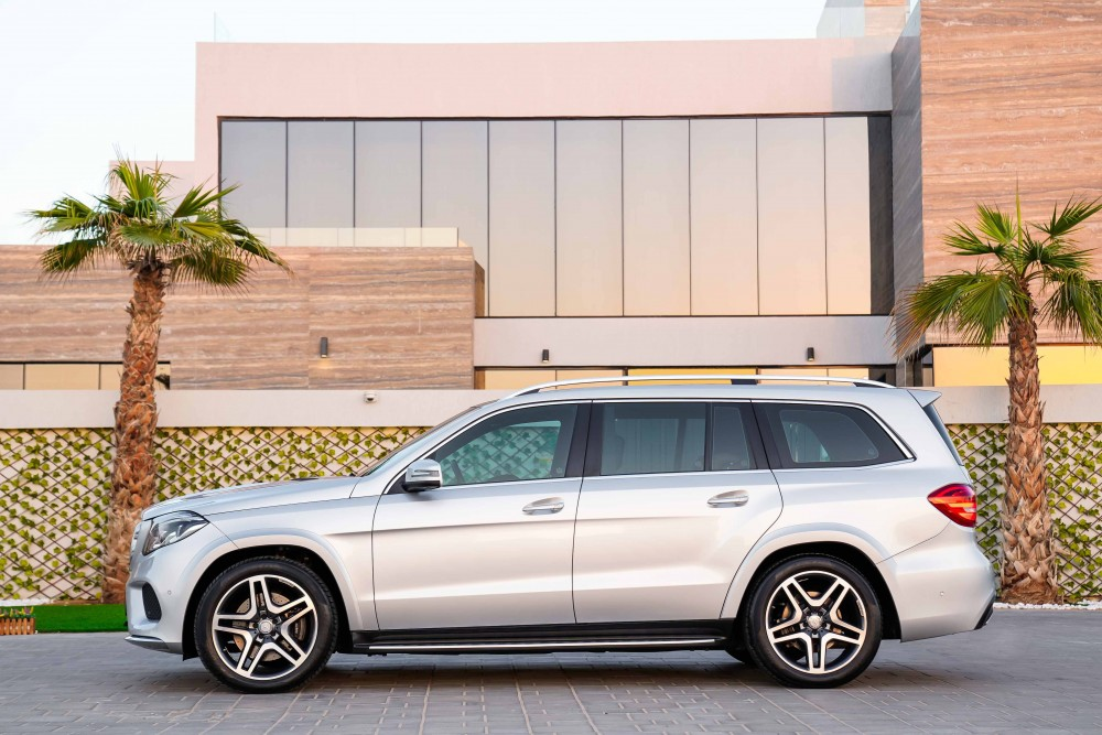 buy certified Mercedes GLS500 AMG V8 without downpayment
