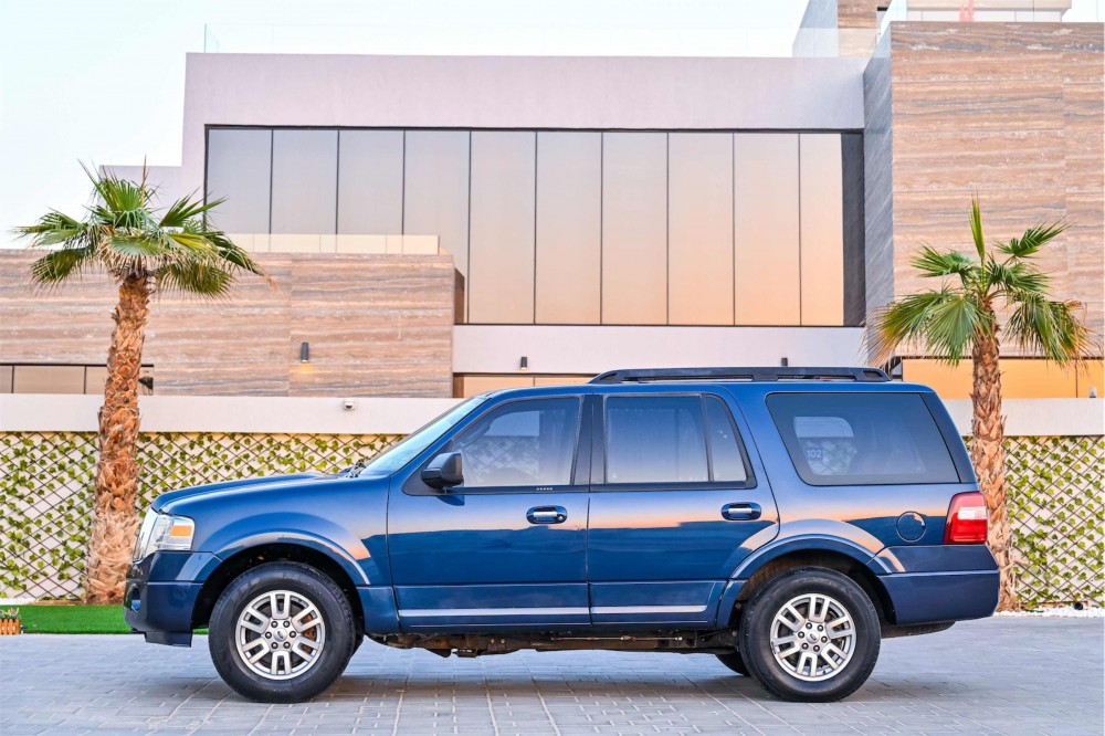 buy used Ford Expedition XLT without downpayment