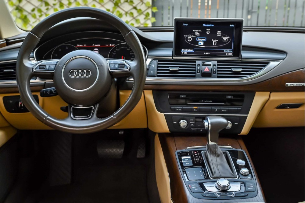 buy slightly used Audi A7 S-Line in Dubai