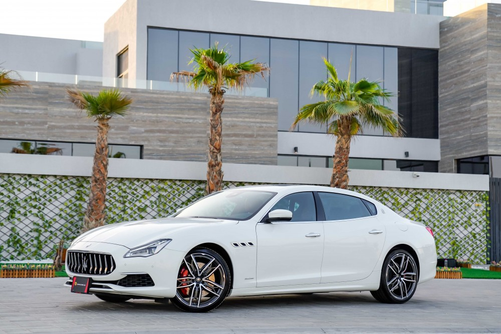 buy pre-owned Maserati Quattroporte GTS GranLusso without downpayment