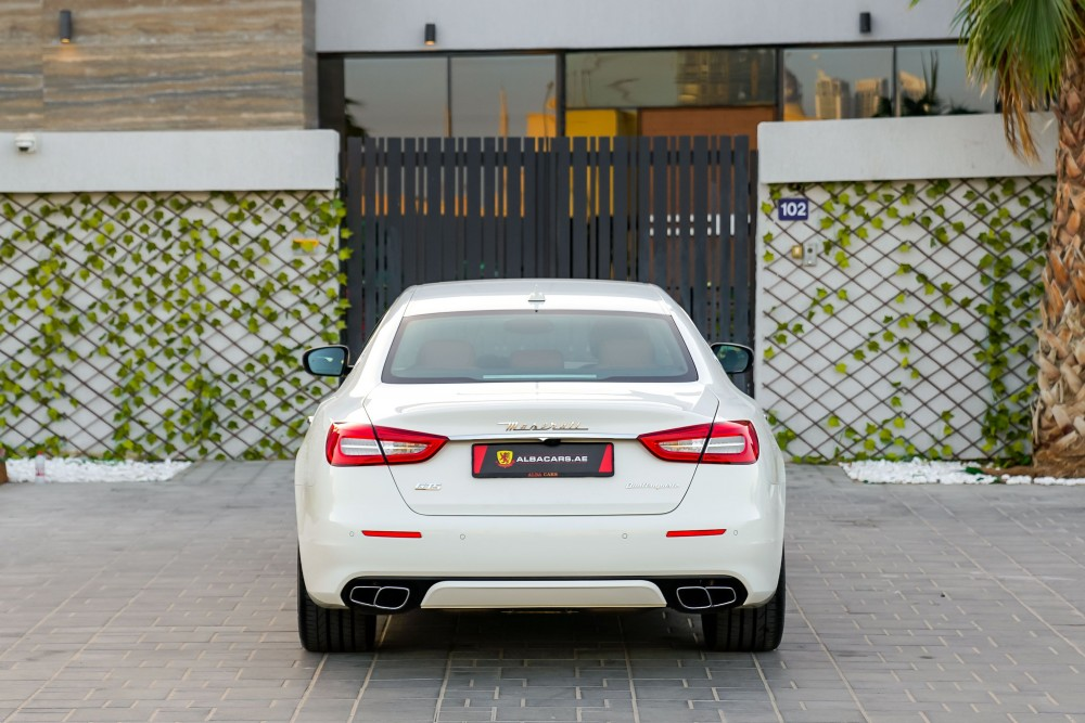 buy certified Maserati Quattroporte GTS GranLusso without downpayment