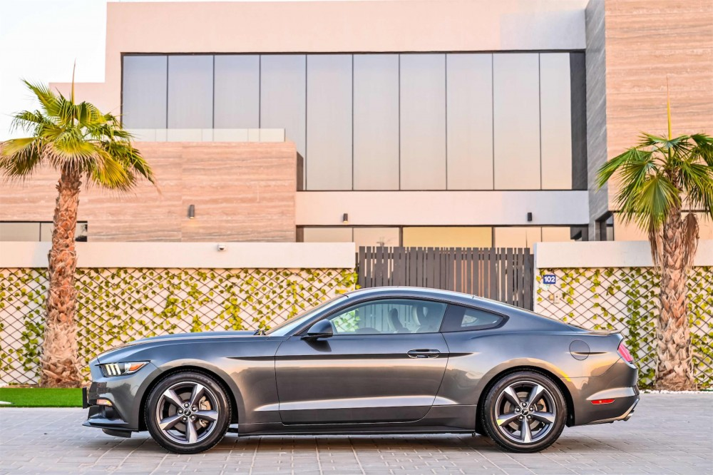 buy pre-owned Ford Mustang without downpayment
