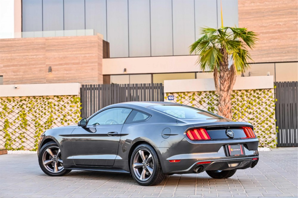 buy slightly used Ford Mustang with warranty
