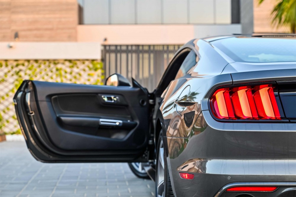 buy used Ford Mustang with warranty