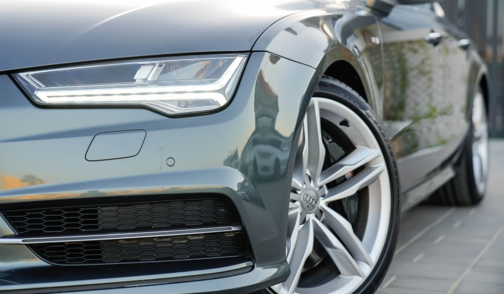 buy second hand Audi S7 V8 4.0TC with warranty