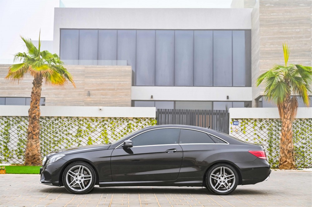 buy pre-owned Mercedes E400 AMG Coupe in UAE