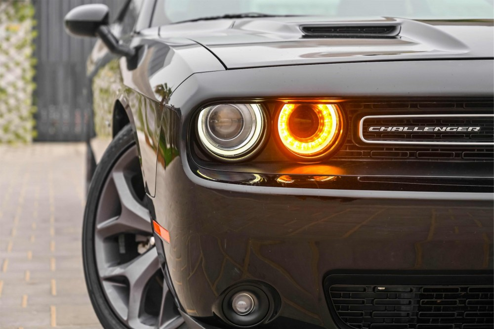 buy certified Dodge Challenger R/T 5.7L V8 Hemi in UAE