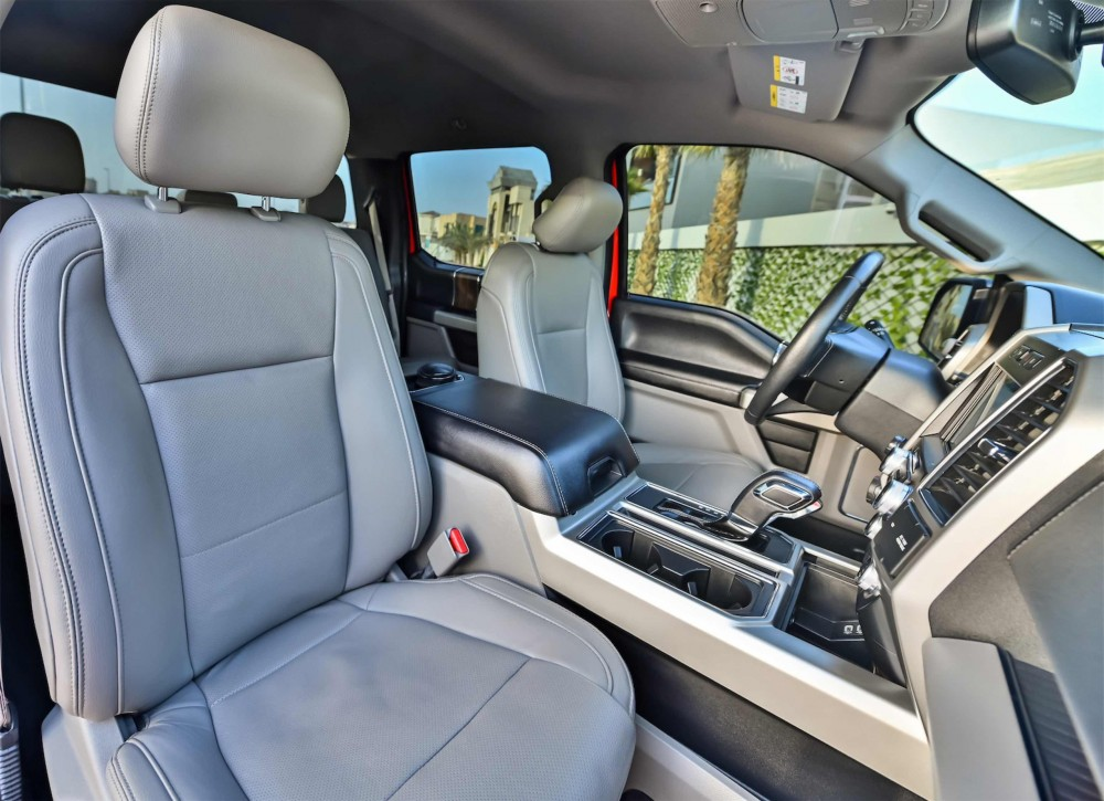buy used Ford F-150 Lariat Ecoboost Double Cabin in UAE