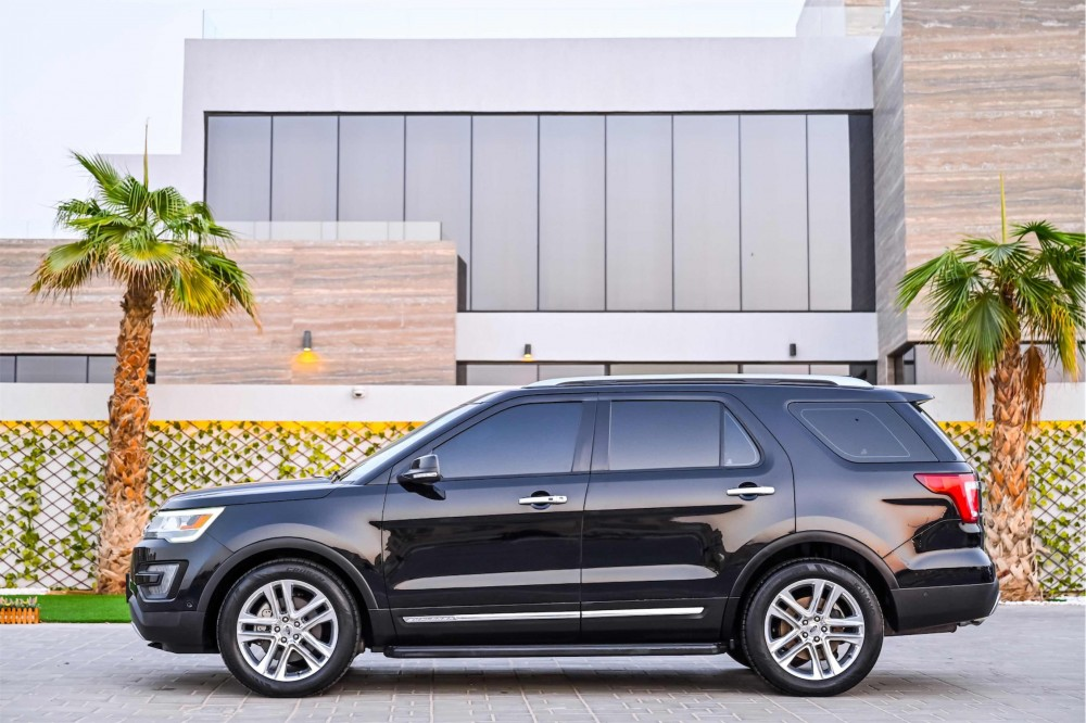 buy approved Ford Explorer Limited in Dubai