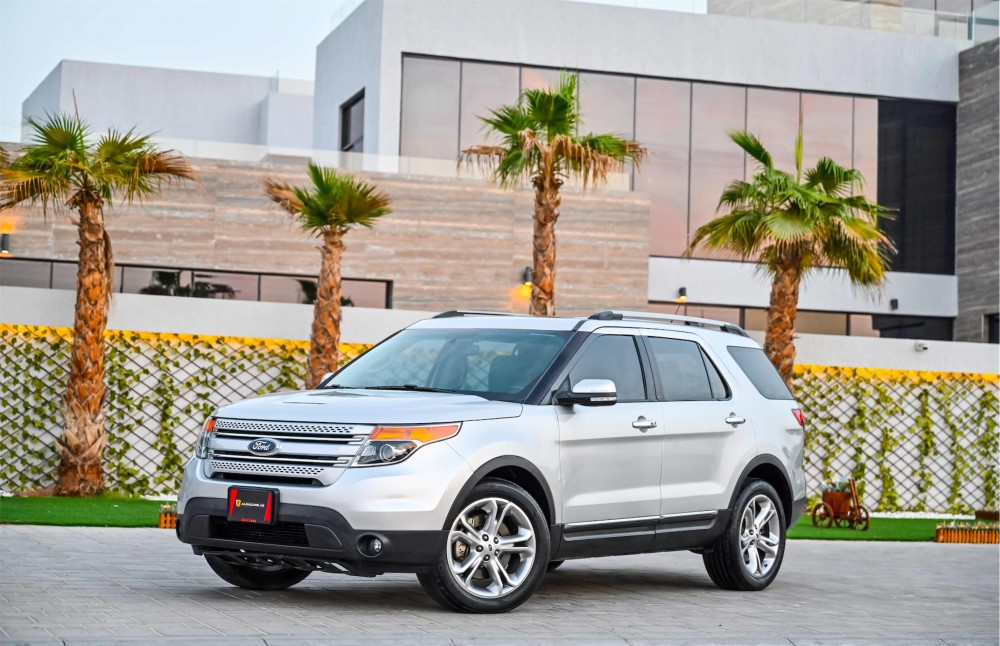 buy second hand Ford Explorer Limited V6 with warranty
