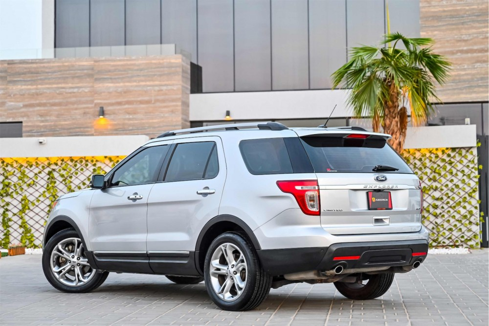 buy slightly used Ford Explorer Limited V6 with warranty