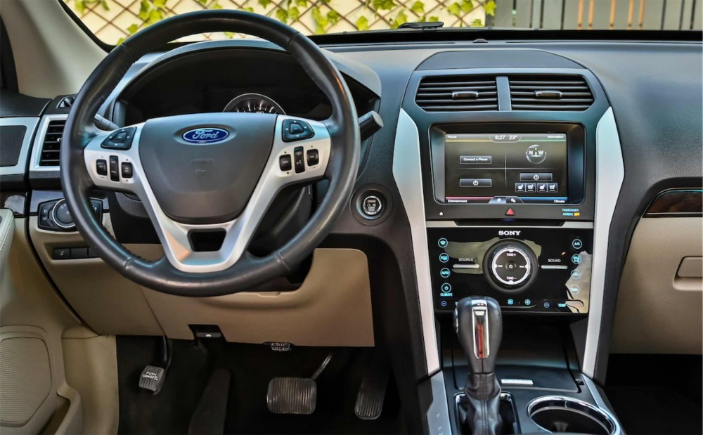 buy approved Ford Explorer Limited V6 without downpayment