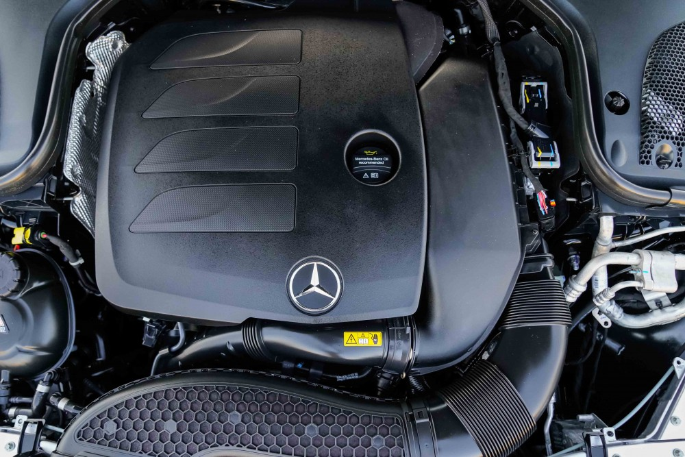 buy used BRAND NEW Mercedes E200 AMG with warranty
