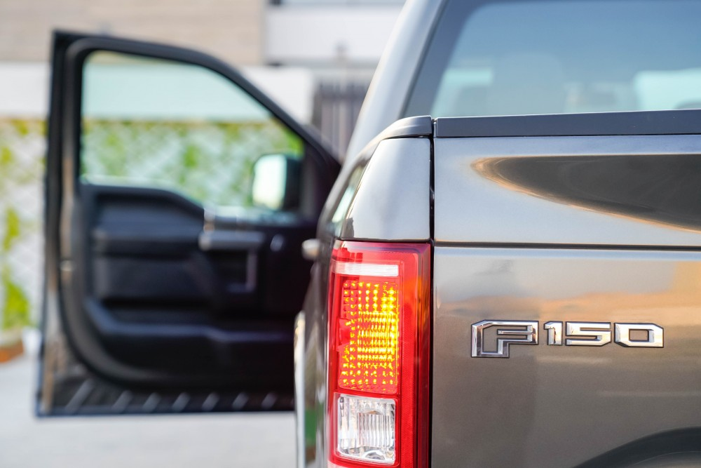 buy approved Ford F150 XLT with warranty