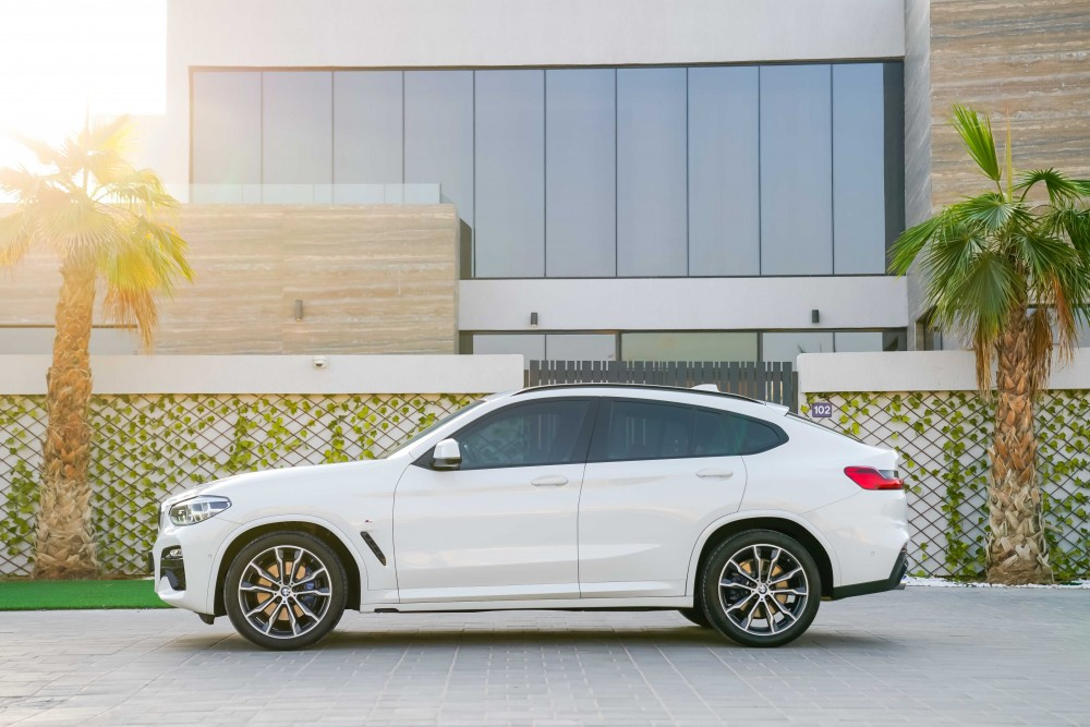 buy approved BMW X4 M-Kit without downpayment