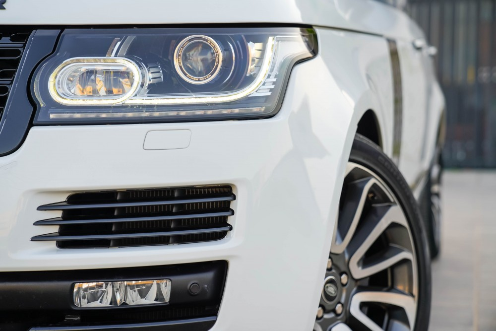 buy approved Range Rover 5.0 SC Vogue SE with warranty
