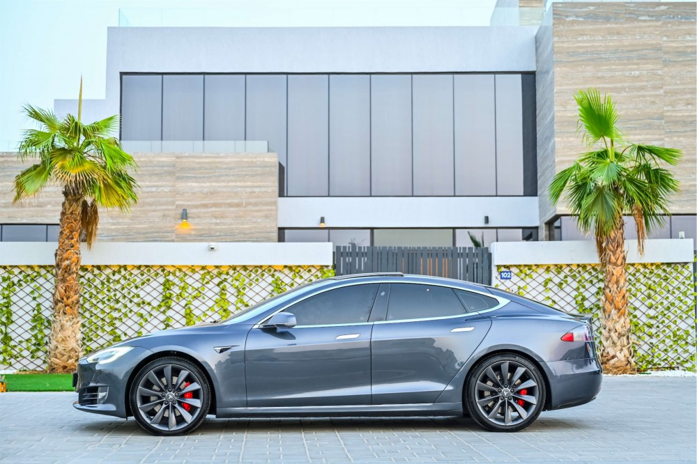 buy used Tesla Model S P100D without downpayment