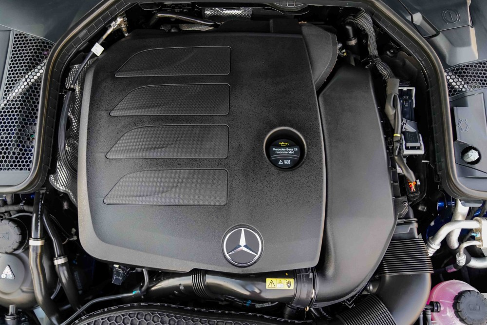 buy used Mercedes-Benz C200 with warranty