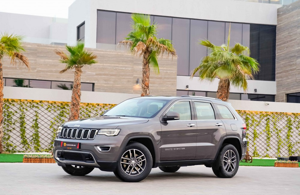 buy approved Jeep Grand Cherokee Limited in Dubai