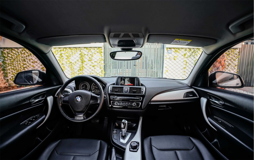 buy second hand BMW 120i without downpayment