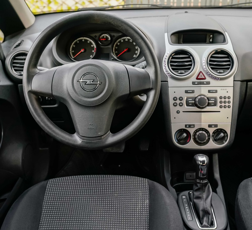 buy second hand Opel Corsa with warranty