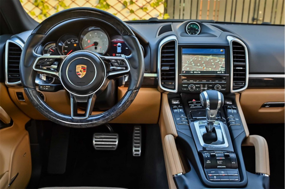 buy approved Porsche Cayenne S in UAE