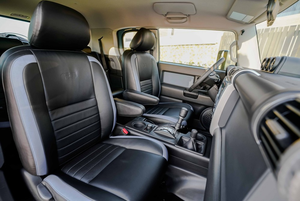 buy pre-owned Toyota FJ Cruiser with warranty