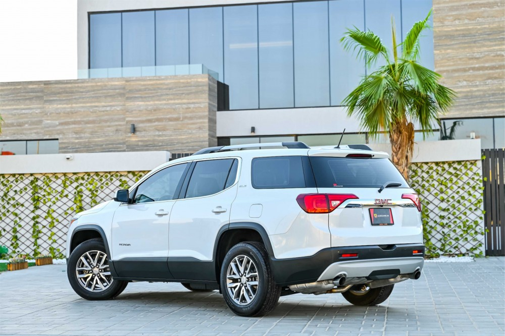 buy pre-owned GMC Acadia without downpayment