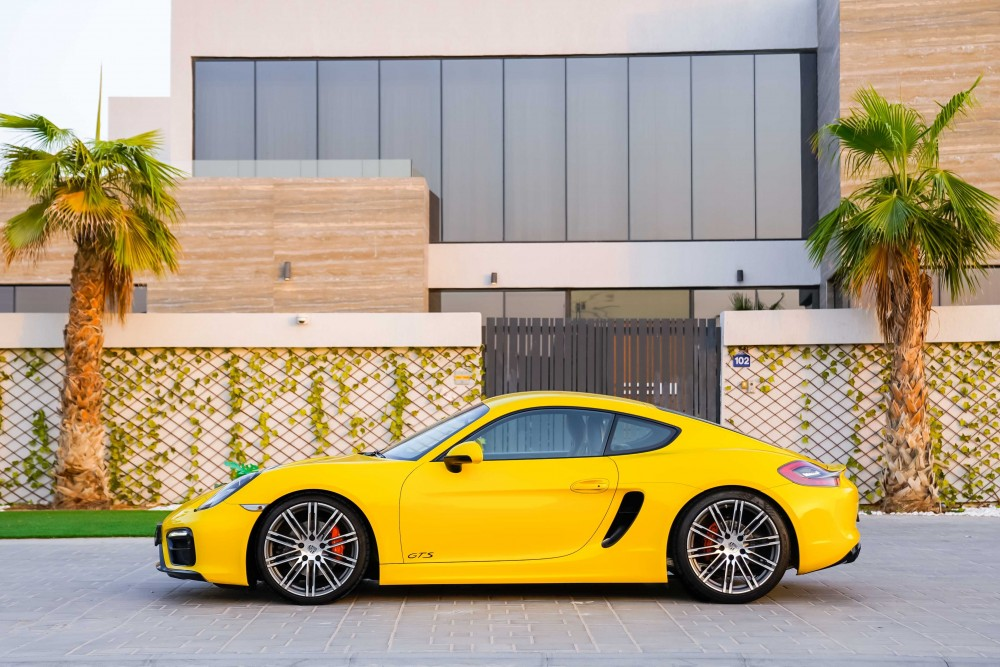 buy slightly used Porsche Cayman GTS without downpayment