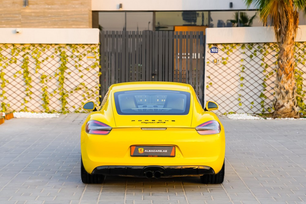 buy second hand Porsche Cayman GTS without downpayment