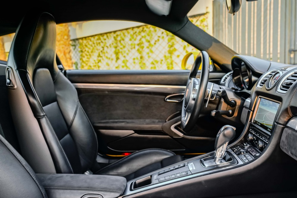 buy used Porsche Cayman GTS without downpayment