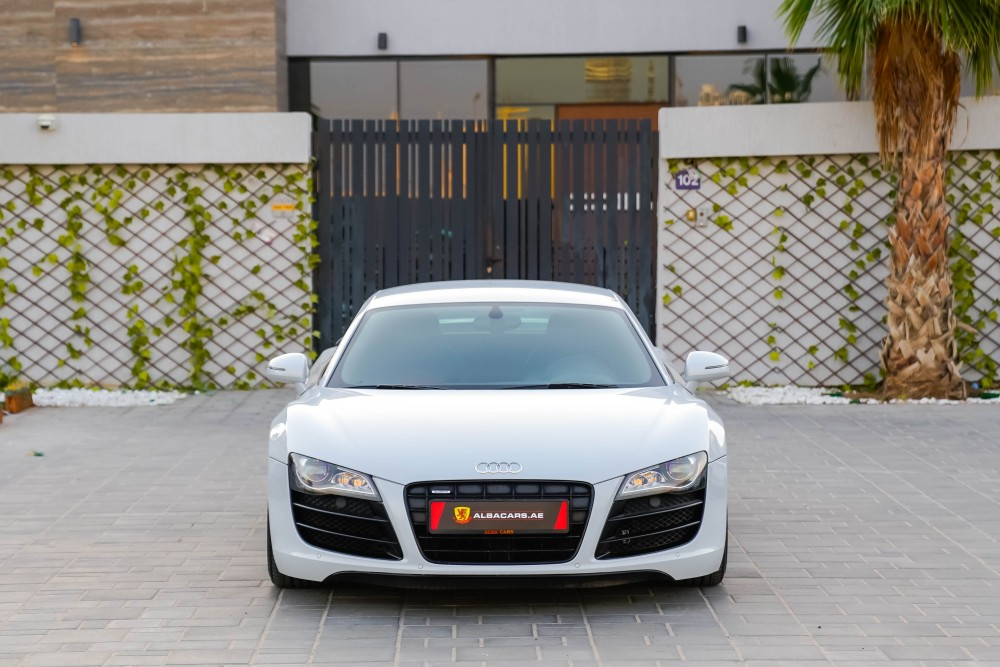 buy approved Audi R8 V10 R-Tronic without downpayment