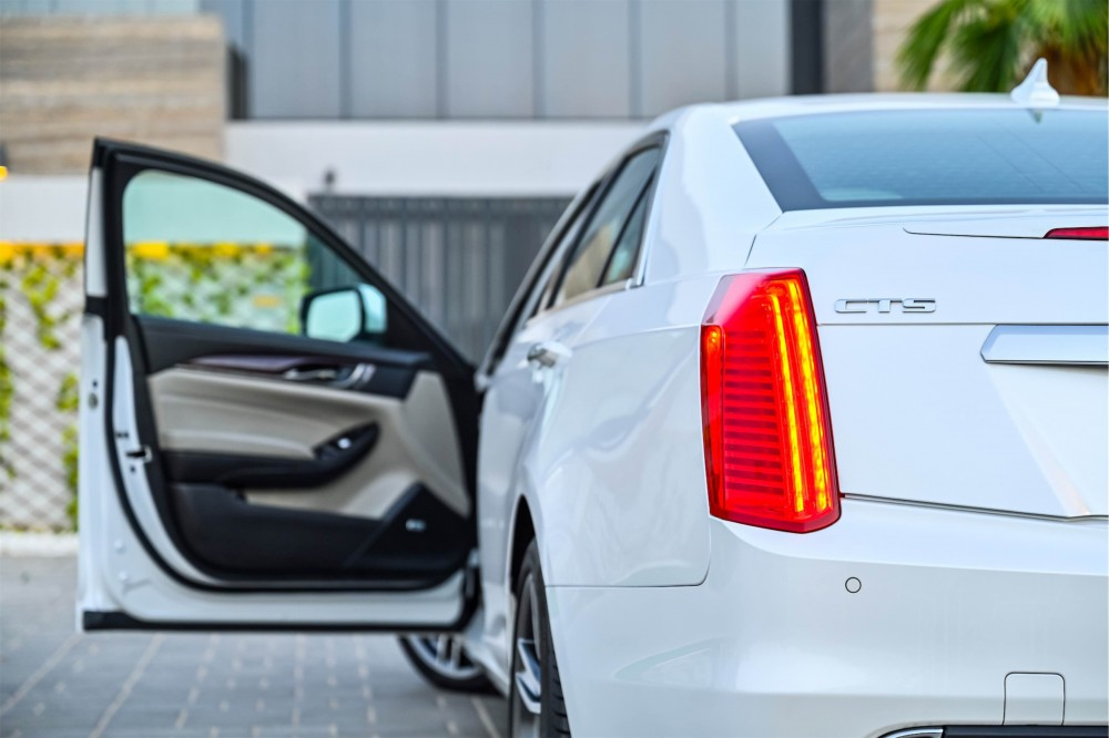 buy approved Cadillac CTS with warranty