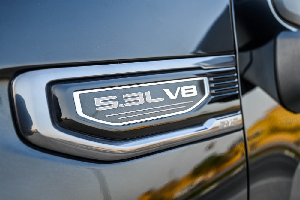 buy pre-owned GMC Sierra AT4 5.3L V8 without downpayment