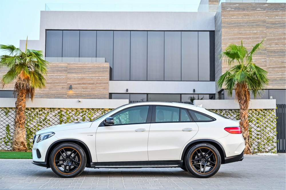 buy slightly used Mercedes-Benz GLE43 AMG without downpayment