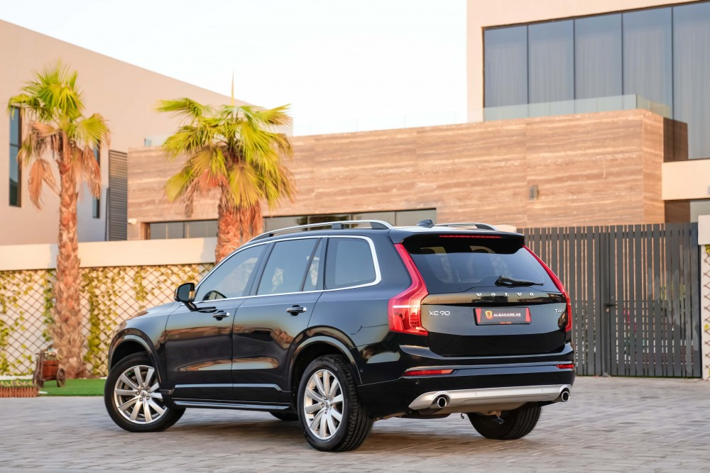 buy slightly used Volvo XC90 Momentum without downpayment