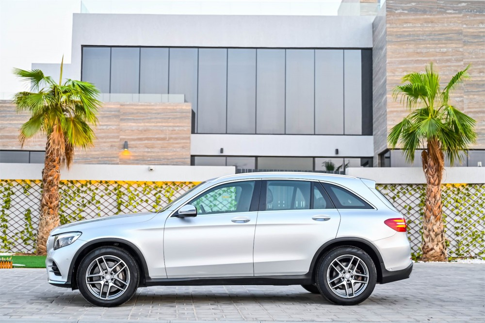 buy certified Mercedes-Benz GLC250 without downpayment