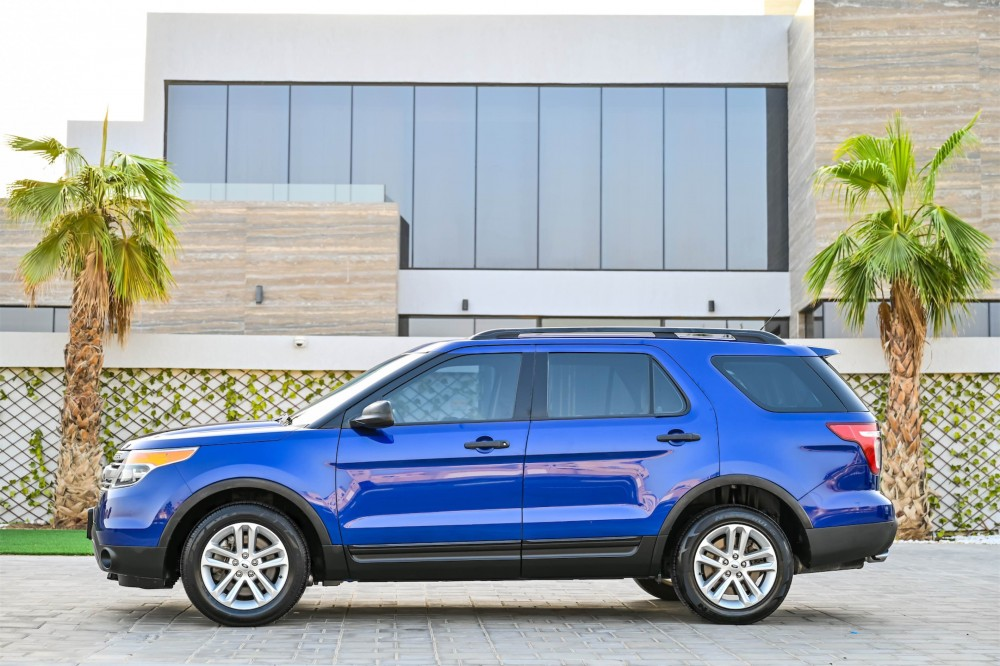 buy used Ford Explorer with warranty