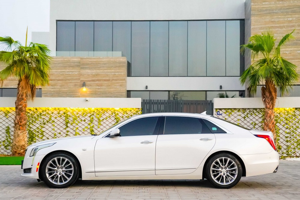 buy second hand Cadillac CT6 3.6L V6 AWD in Dubai